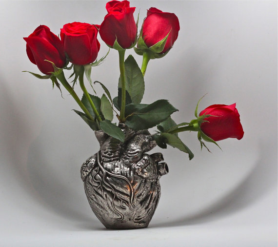 Blue Bayer's anatomical heart vase in silver