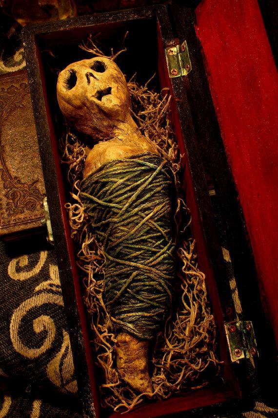 Spiritus Arcanum's custom fetish doll 5