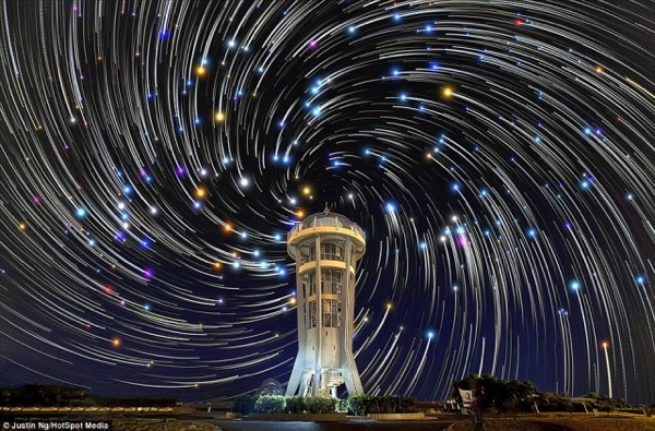 Justin Ng digitally composed star trail photography